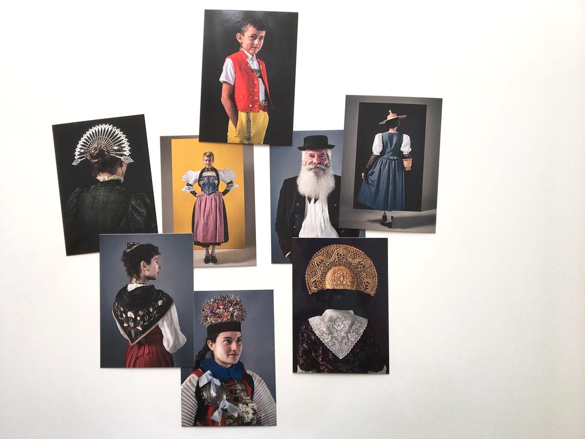 Bernhard Duss- Schweizer Trachten-Costumes Suisses-Szenograf-Ausstellungsgestaltung-Trachtenausstellung