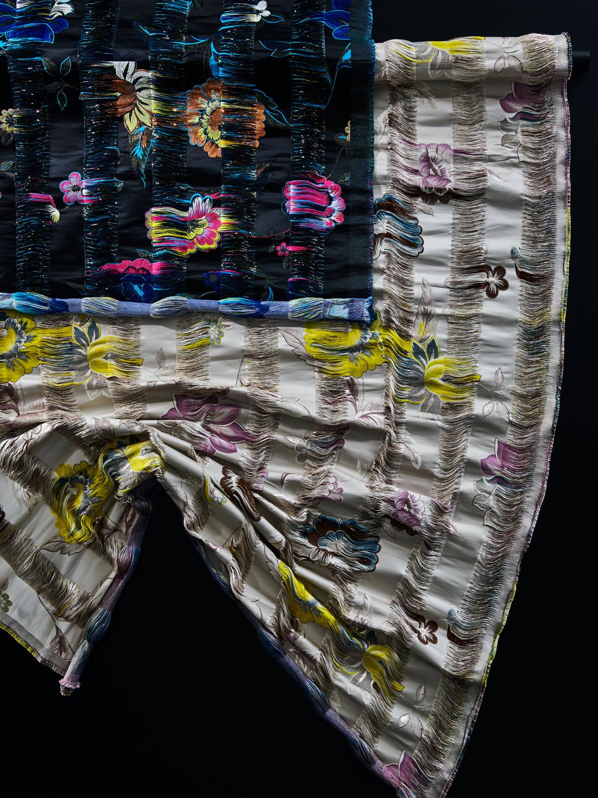 bernhard duss-jakob schlaepfer-interiofabric-curtains-decoration-textiledesign-tapeten-designer-jacquardfabric-jacquard-weaving-interiorfabrics-interior collection